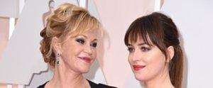 Dakota Johnson scherzt über das Interview mit ihrer Mutter