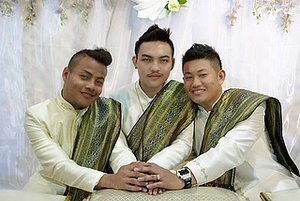 'World's First' Gay Married 'Throuple' Are Everything