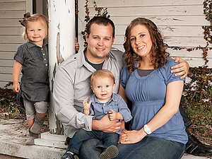 Is Josh and Anna Duggar's Fourth Child a Boy or Girl?