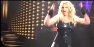 Britney Spears' Hair Extensions Fall Out Mid-Performance