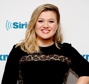 "Kelly Clarkson Won't Be Fat Shamed, Tells British Twitter Troll ""I'm Awesome"""
