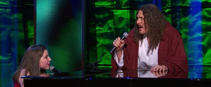 "Weird Al Performing ""Yoda"" With Children With Autism Will Make You Smile Today"