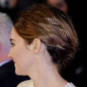 Shailene Woodley Wears Feather Hair Extensions