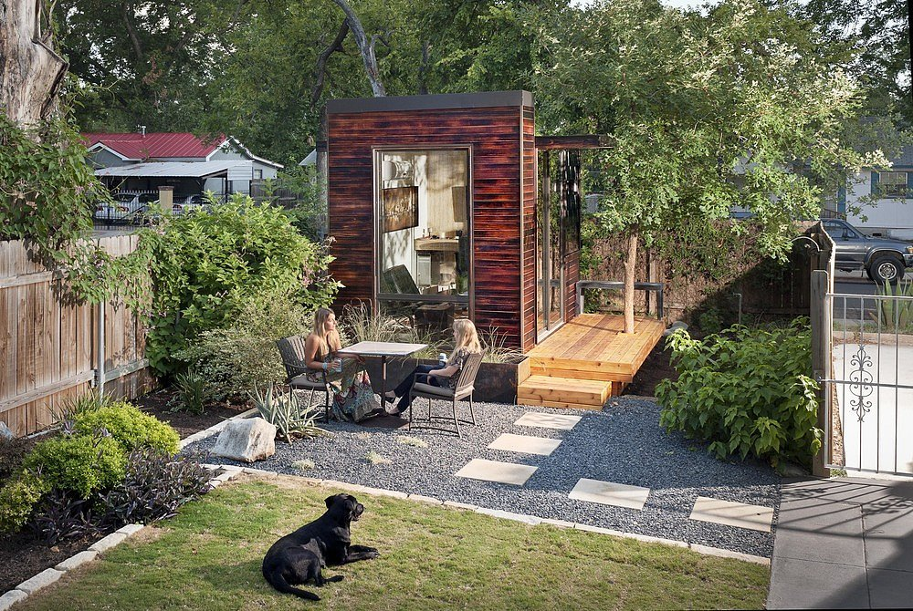 Sett studio 39 s backyard office is the next tiny home trend Tiny house in backyard