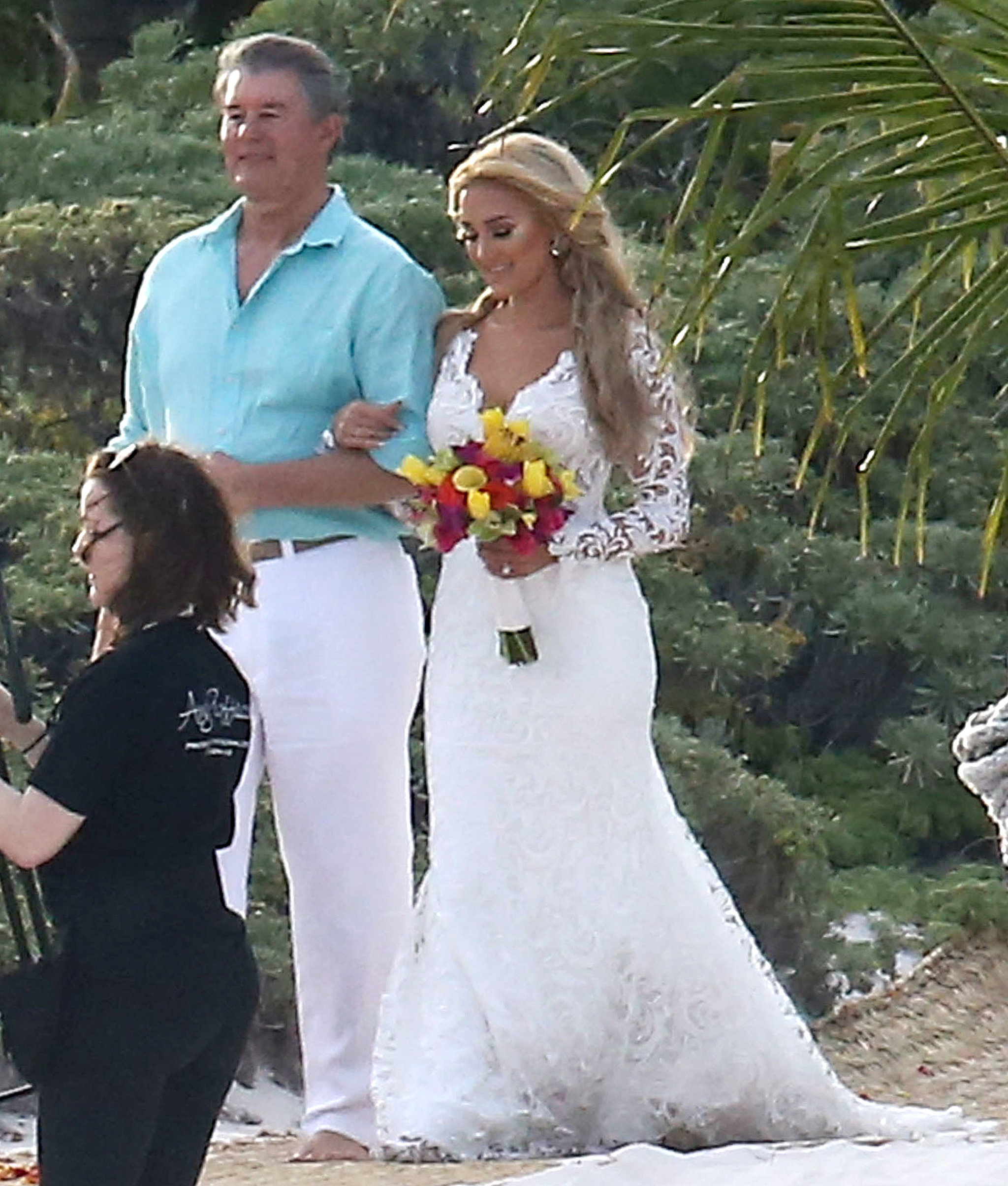 Jessica aldean wedding