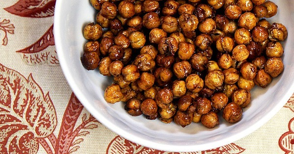 Honey-Roasted Chickpeas Make the Perfect Sweet (Protein) Treat