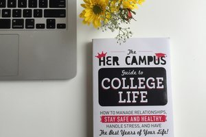 You're Invited: Her Campus Author Reading & Book Signing at The Harvard COOP April 7