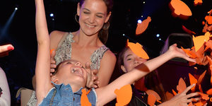 Looks Like Suri Cruise Had The Time Of Her Life At The Kids' Choice Awards
