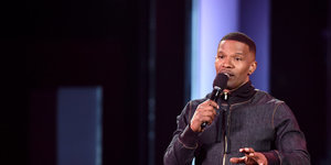 Jamie Foxx Slammed For 'Transphobic' Jokes