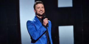 Justin Timberlake Thanks Pregnant Wife Jessica Biel At The iHeartRadio Awards