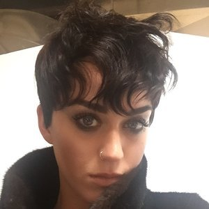Katy Perry Pixie Hair Cut