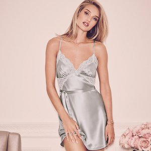 Bridal Lingerie And Nightwear For A Wedding