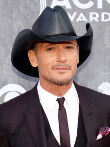 Tim McGraw Defends His Decision to Play Sandy Hook Benefit Concert