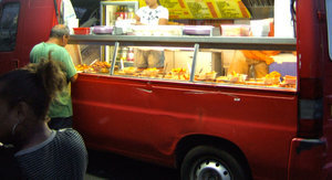 Street Fights & Explosions: 6 Reasons Food Trucks Are Crazy
