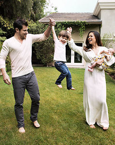 Vanessa Lachey Shares Gorgeous Family Photo: See Brooklyn's Face!