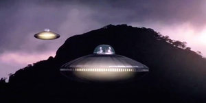 UFOs Confront Soldiers During War, Says Ex-Air Force Intelligence Officer