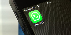 Facebook's WhatsApp Hits 800 Million Users -- 1 Billion By Year-End?