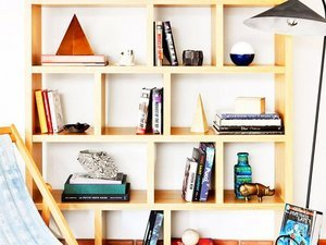 18 Ways to Make Your Bookcase Shine