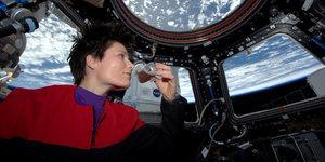 Italian Astronaut Samantha Cristoforetti Brews First Fresh Espresso In Space