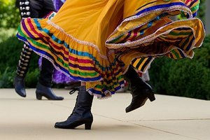 5 Cinco de Mayo Outfits for Any Fiesta