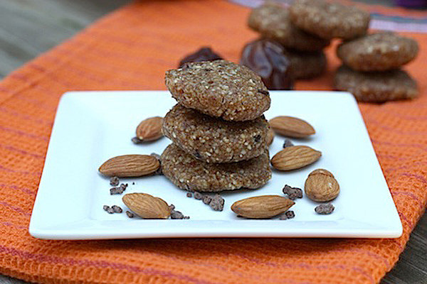 No-Bake Almond Cookies