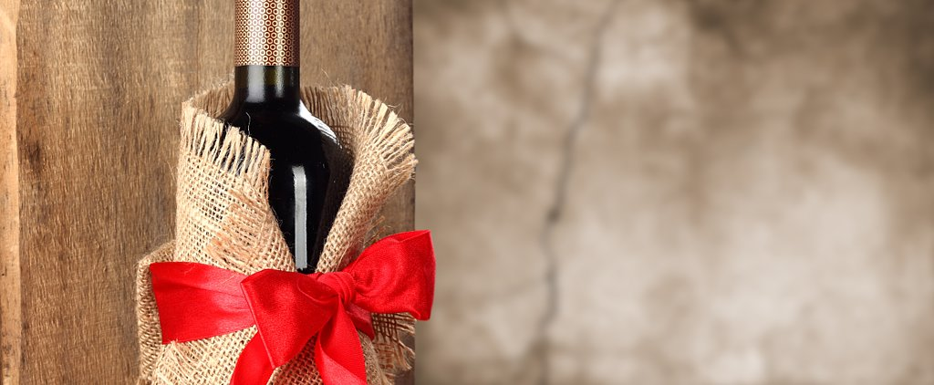 5 Ways to Give Wine Like a Pro