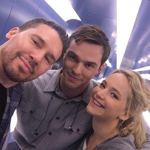 Pictures Jennifer Lawrence and Nicholas Hoult on X-Men Set