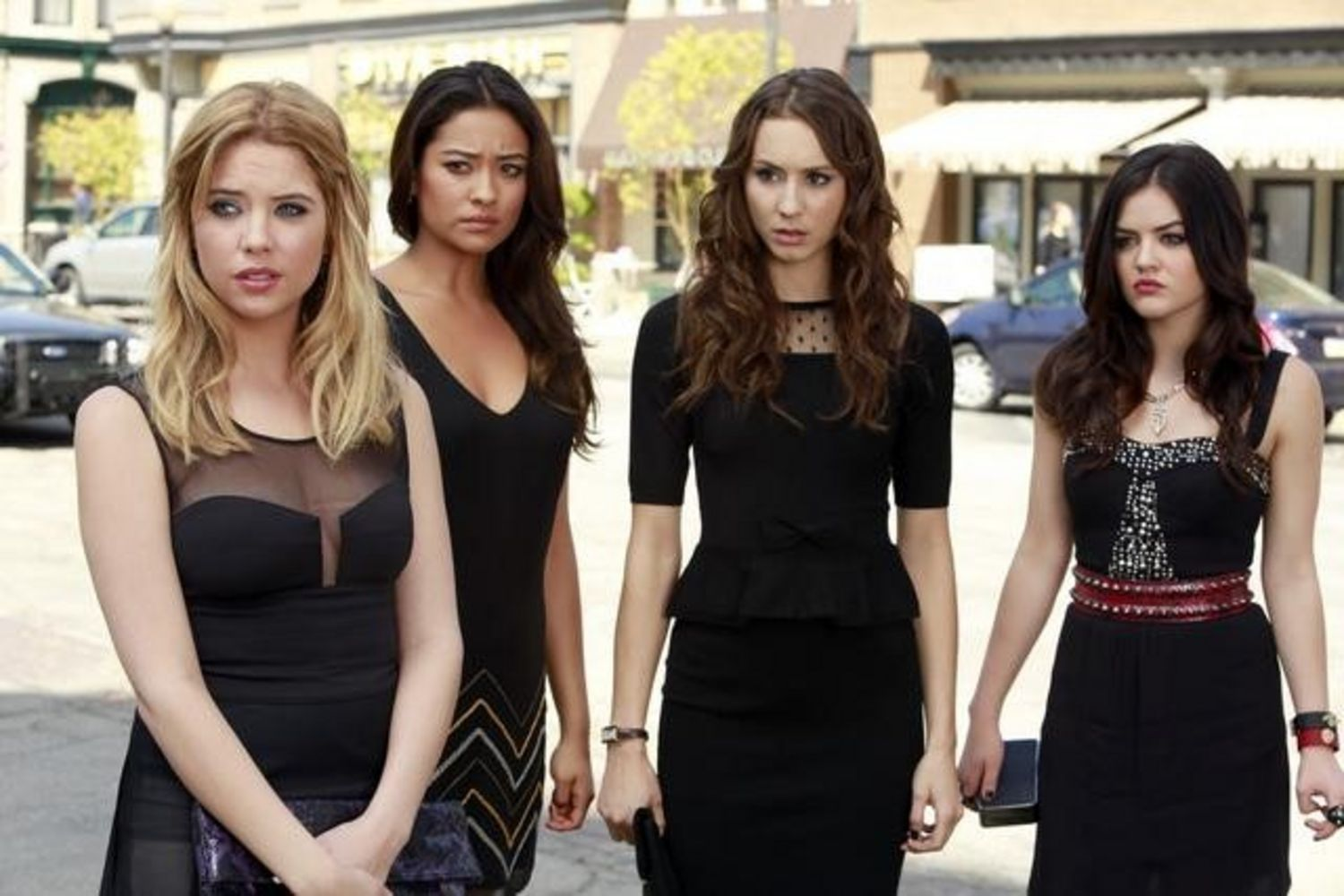 Pretty Little Liars, Season 5 | New Netflix Picks For June: Start Adding These Movies to Your ...