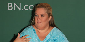 Mama June Threatens To Sue TLC If They Don't Cancel '19 Kids And Counting'