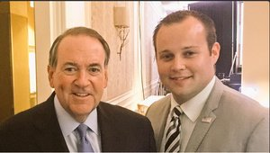Mike Huckabee Comes To Josh Duggar's Defense