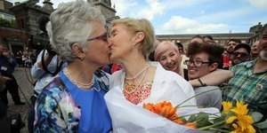Ireland Gay Marriage Vote Spurs Emotional Celebrations, In Photos