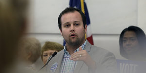 Josh Duggar Records Destroyed By Arkansas Police At Judge's Request