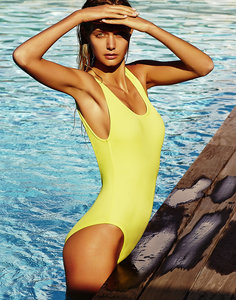 Do You Know The Right Swimsuit For Your Body Type?