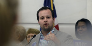 As Duggar Dad Ran On A Political Platform Saying Rape And Incest Merited Capital Punishment, He Was Covering Up His Son's Action