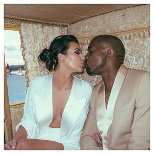 Kanye West Tweets Message to Kim Kardashian on Anniversary