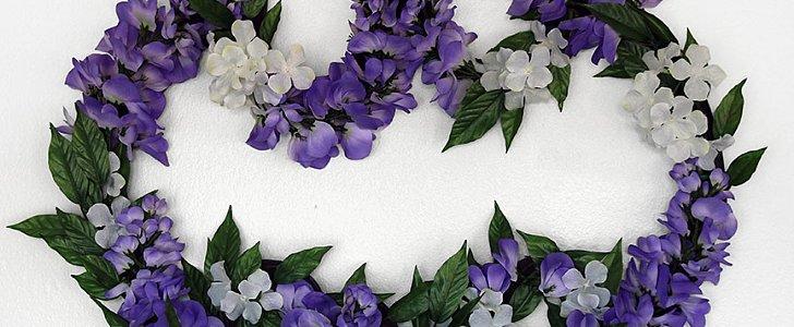 A DIY Batman Wreath You'll Want Everyone to See