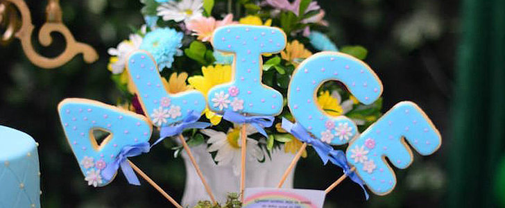 This Alice in Wonderland Birthday Party Will Make You Smile Like the Cheshire Cat
