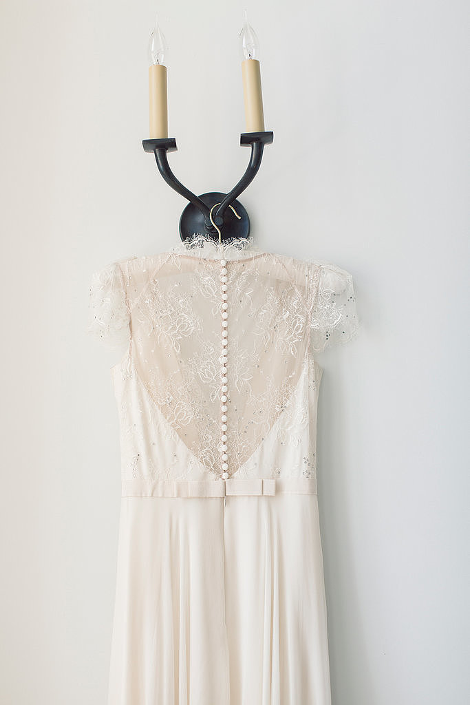 19. Details on the Hanger