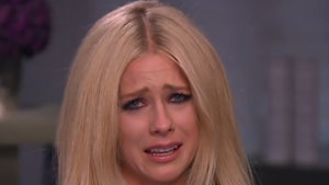 Avril Lavigne Breaks Down in Tears Over Her Battle With Lyme Disease