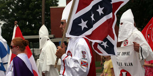 KKK Plans Pro-Confederate Flag Rally In South Carolina