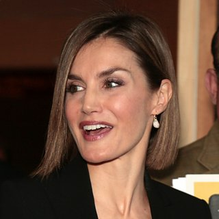Queen Letizia of Spain's Print Mixing