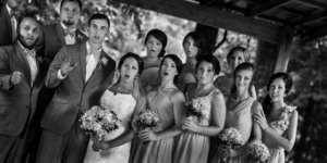 A Wedding Photog Slipped While Taking A Picture And The Result Is Priceless