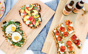 A New Take On a Fourth of July Fete (With Grilled Pizza!)