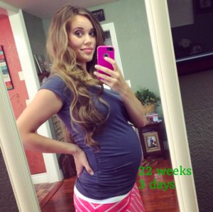 Jessa Duggar Shares Baby Bump Photo