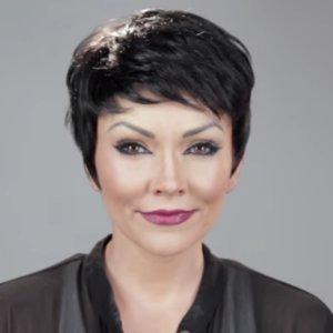 Watch a Makeup Artist Turn Into the Kardashians