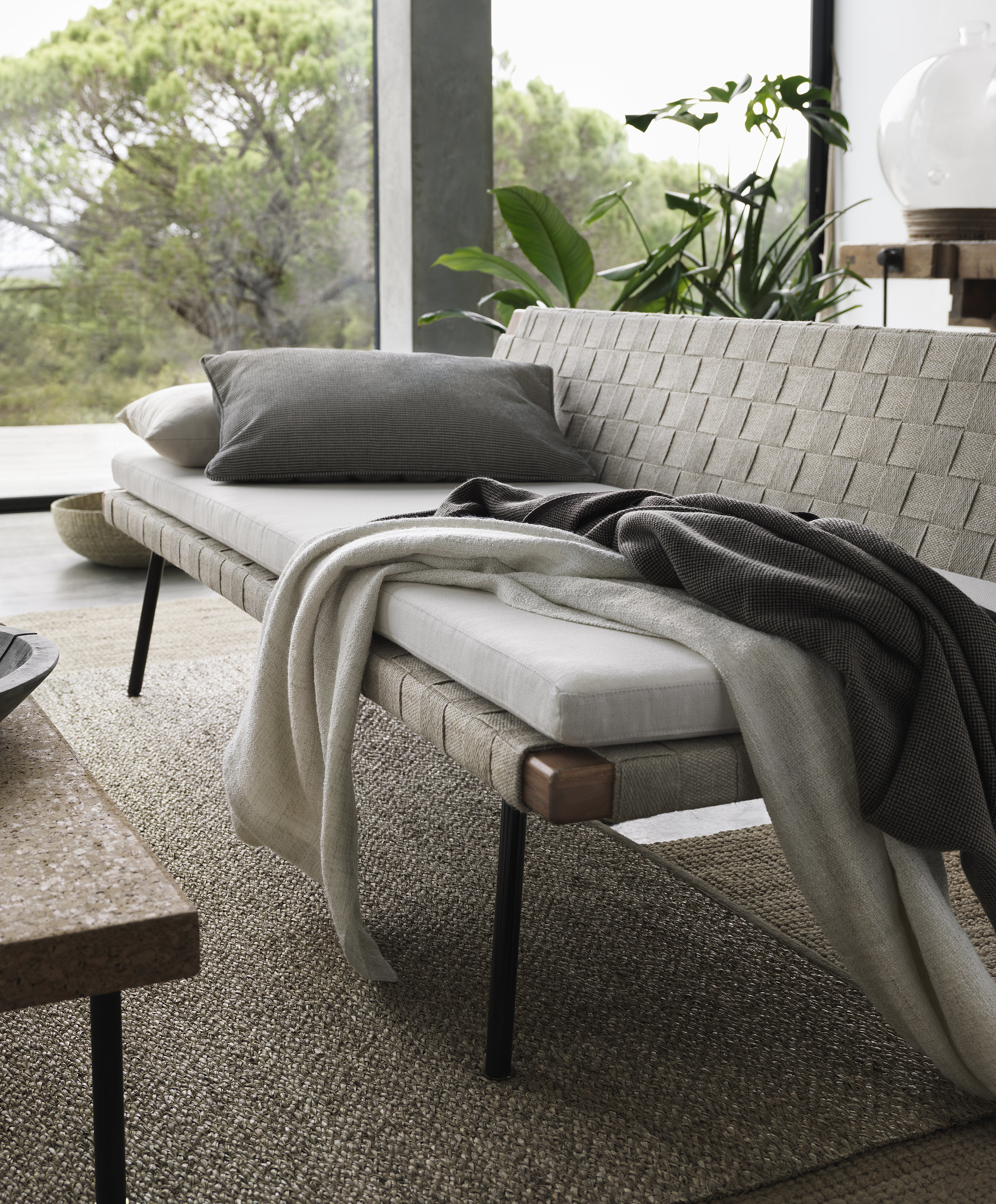 The daybed 350 can be easily dressed down with the for Daybed cushion ikea