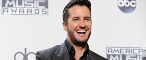 "Luke Bryan Says He Is ""Honored"" to Raise His Late Sister's 3 Teenagers"