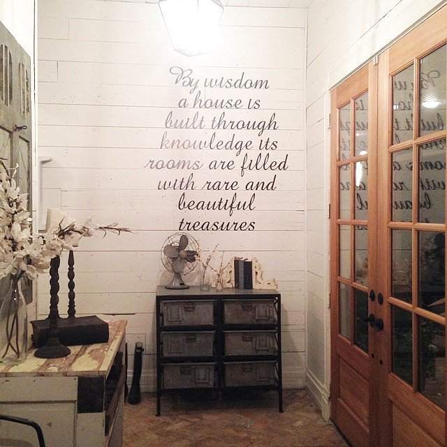 You die for wall quotes 22 farm tastic decorating ideas inspired by hgtv host joanna gaines Joanna gaines home design ideas