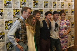'Falling Skies' Interviews: The Finale Is 'Pretty Wild' and 'It's Not an Unhappy Ending'
