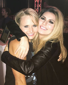 "Miranda Lambert Has ""Girls Night"" With Shania Twain After Blake Shelton Divorce: Pic"